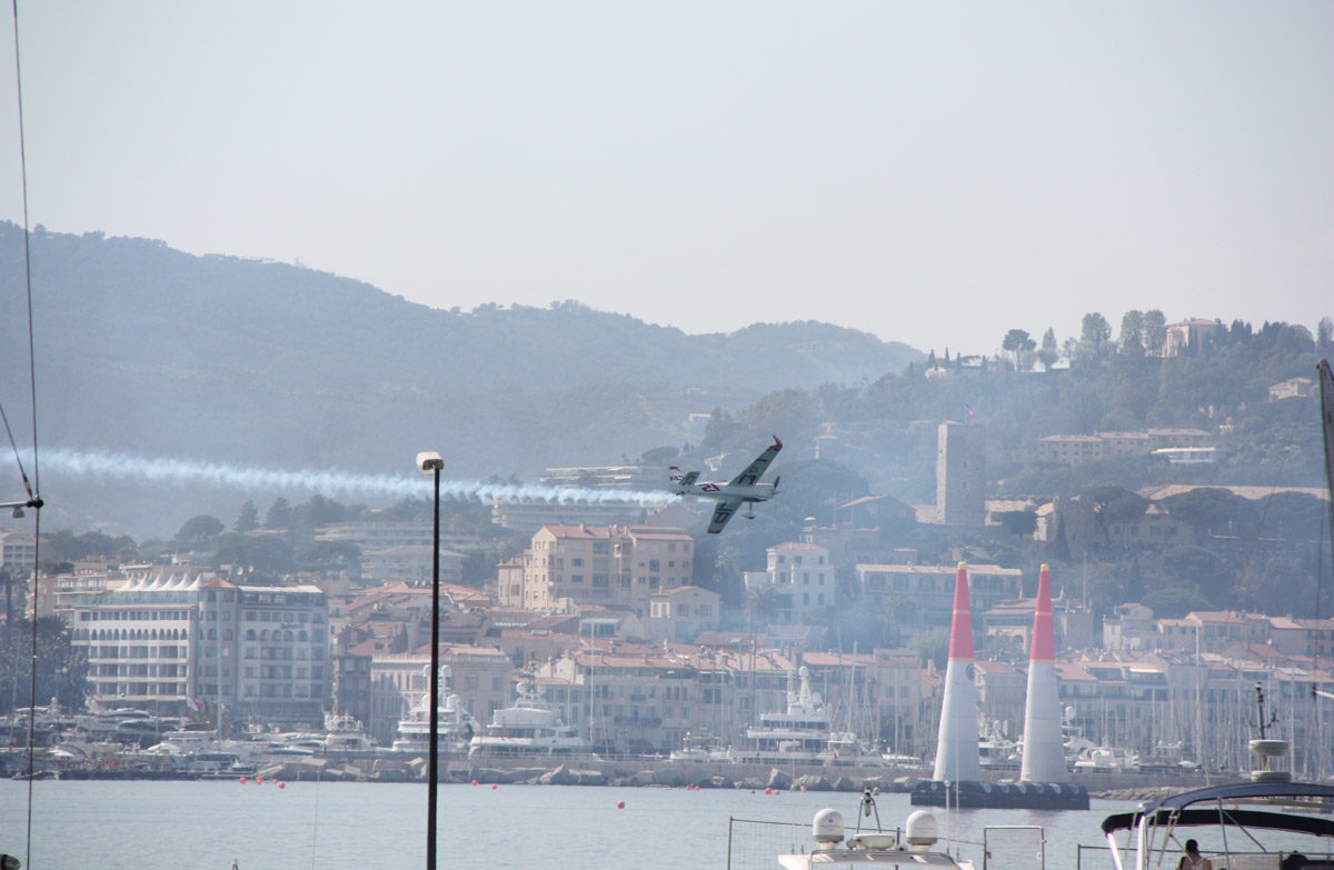 Zeitgeist Living Red Bull Air Race Cannes 18