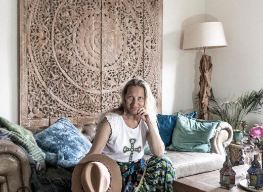 Zeitgeist Living - Shalé lélé & a perfect match with my living room