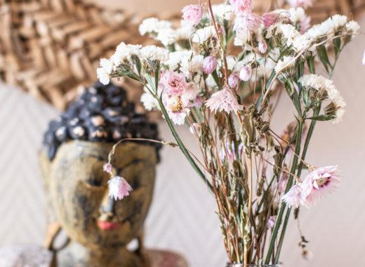 Zeitgeist Living Buddha & Strass Flowers