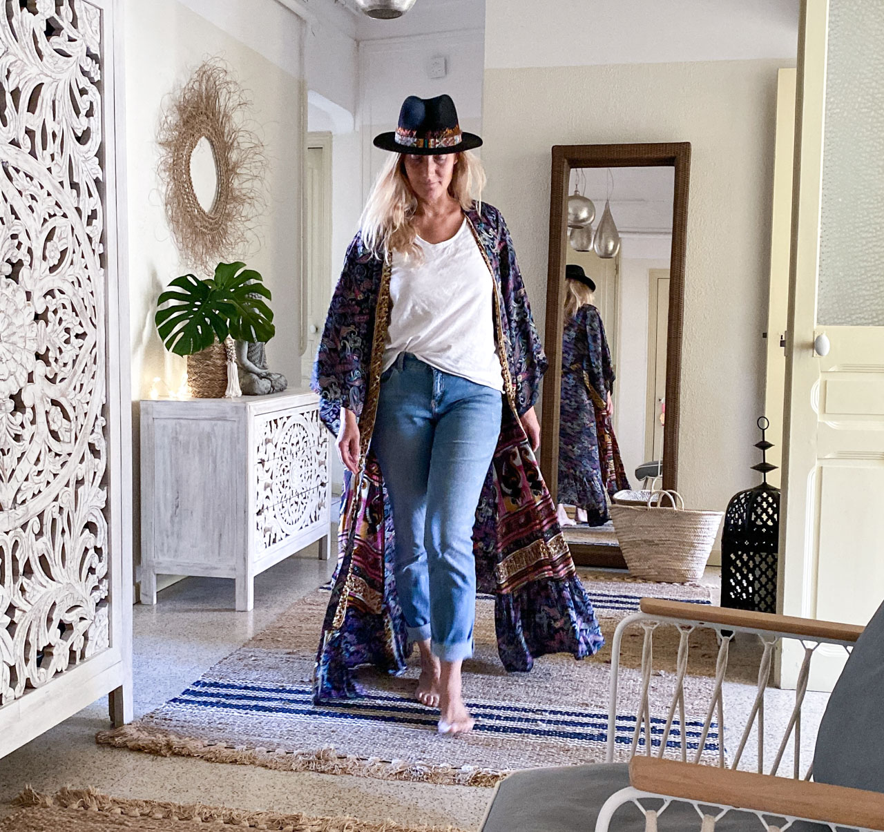 Zeitgeist-Living-Blog-Seiden-Kimono-Hippie-Moon-Blue-Jeans